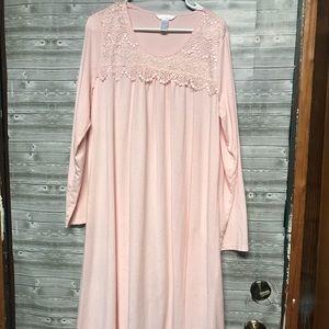 Adonna nightgown